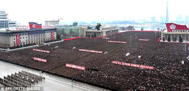 Coreea-de-nord-manifestare