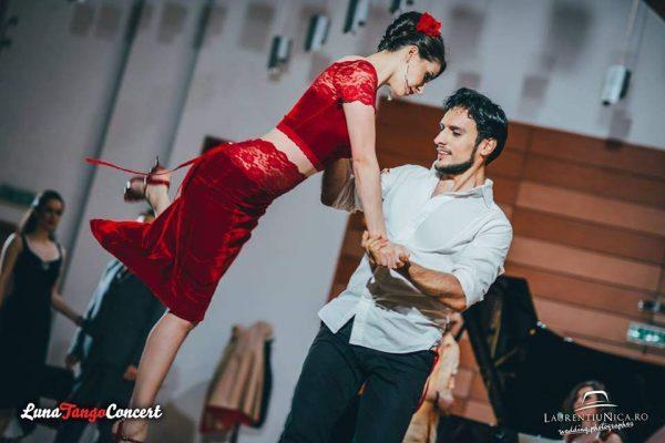Luna Tango (2)