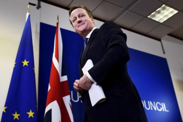 British Prime Minister David Cameron smiles as he leaves a European Union leaders summit in Brussels, Belgium, February 19, 2016.   REUTERS/Dylan Martinez