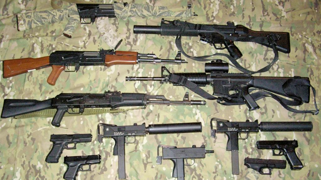 guns2_04318000