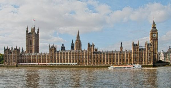 everything-i-learned-interning-in-the-houses-of-parliament-739-body-image-1446055777