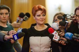 Lia Olguta Vasilescu, senator PSD si ministru al Muncii si Protectiei Sociale se pregateste sa participe, joi 2 Februarie 2017, in Palatul Parlamentului, la sedinta Comitetului Executiv al PSD. ALEXANDRA PANDREA/MEDIAFAX FOTO