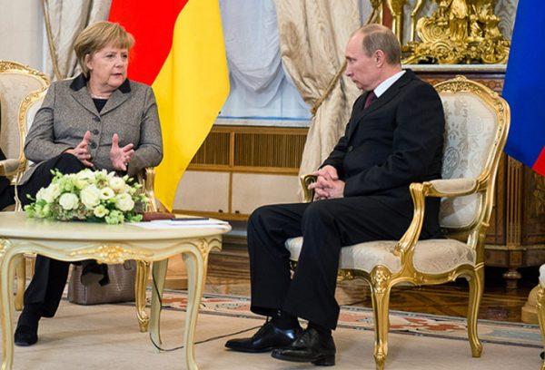 Angela-Merkel-Vladimir-Putin