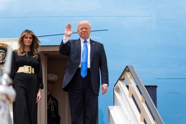 TrumpAirplane