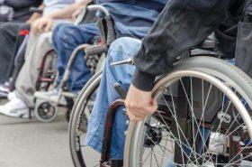 persoanele-cu-dizabilitati-18513396