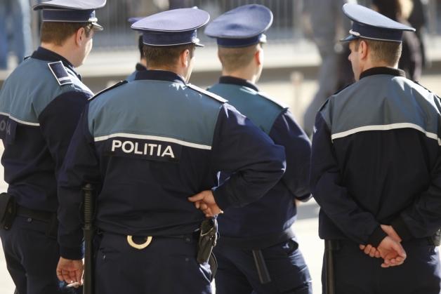 politisti2-1480407135